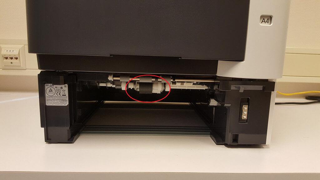 2-printer-zonder-lade-paper-pickup-rollen-rolls