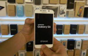 Een vastgelopen Samsung Galaxy S8, S7 of S6 resetten