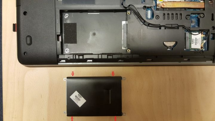 4-harddisk-demonteren-2
